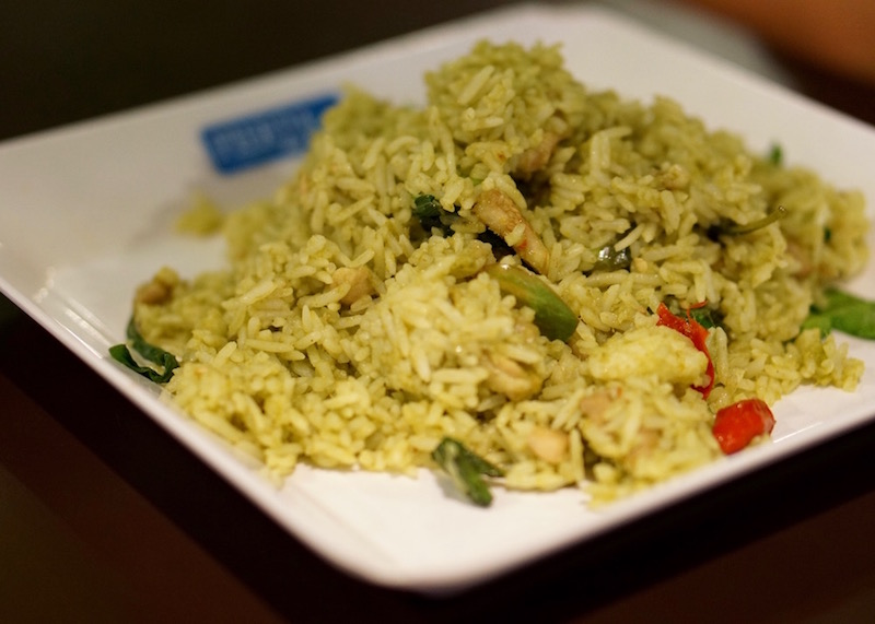 food to eat in bangkok - green curry fried rice