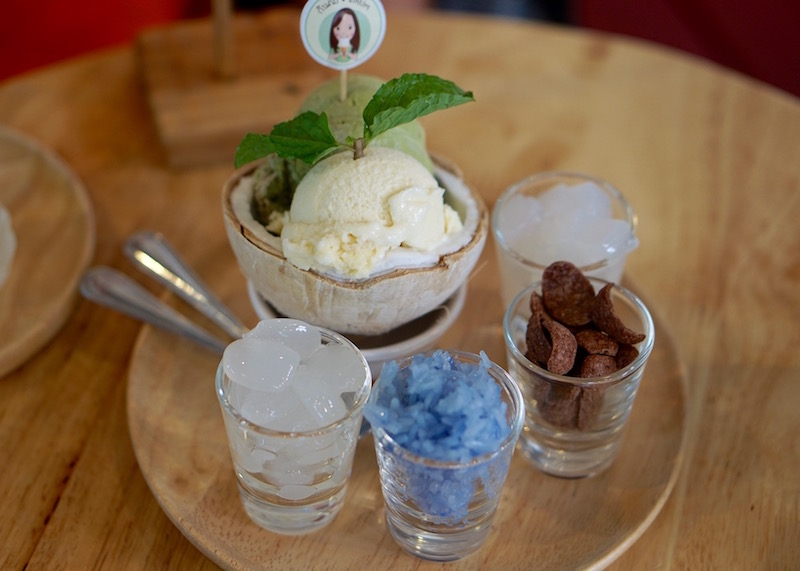 best desserts in Chiang Mai - coconut ice cream