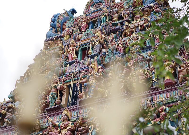 best things to do in Singapore - sri srinivasa perumal temple
