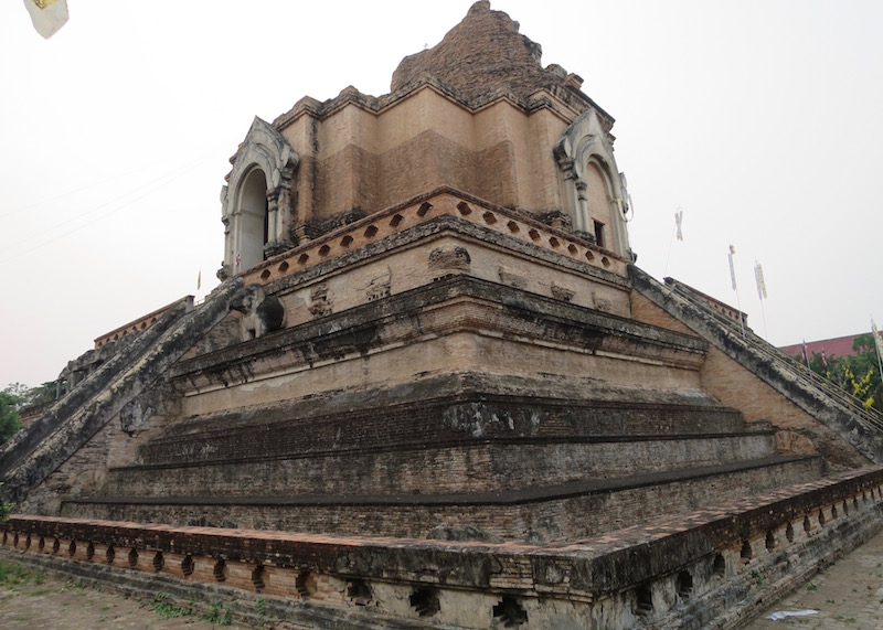 Thailand Travel - Chiang Mai Temples - 1 - Wat Chedi Luang