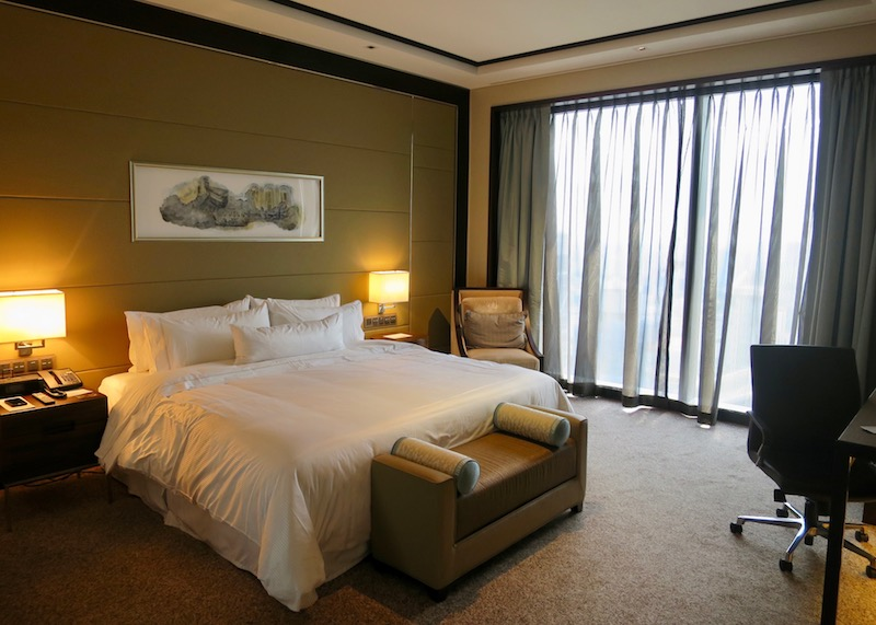 Westin Singapore review - comfy bed
