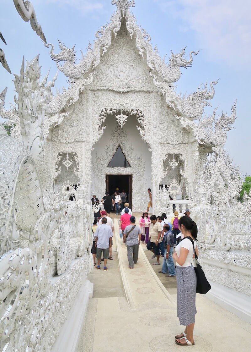 Wat Rong Khun White Temple In Chiang Rai – ubosot bridge