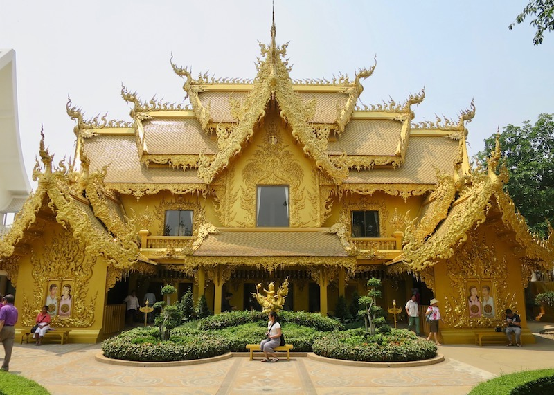 Wat Rong Khun White Temple In Chiang Rai – gold building