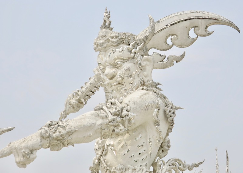 Chiang Rai white temple (Wat Rong Khun). Are you travelling to Northern Thailand and you're looking to visit beautiful temples? Consider visiting Wat Rong Khun (white temple), the most postcard perfect temple you will in Chiang Rai. Take the golden triangle route from Chiang Mai