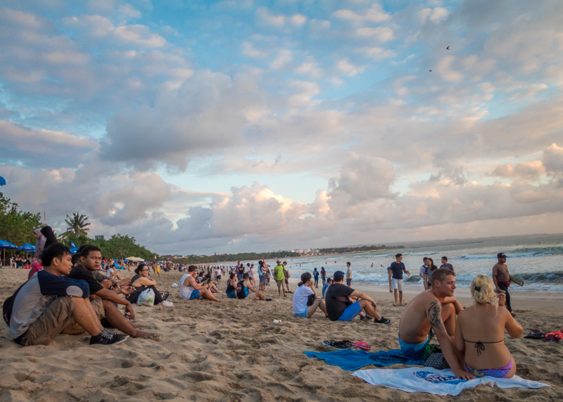 Our Surprisingly Mellow Stay In Bali Kuta | Kuta, home to one of the main beaches in Bali, is often regarded as a crazy and over developed tourist destination on the island. However, we were able to relax and enjoy our stay there. Read on to find out more...