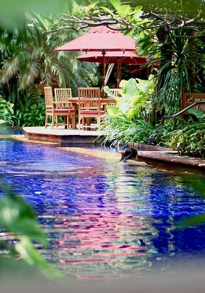 Sheraton Grande Sukhumvit, A Blissful Stay In Bangkok | Are you looking for a luxury stay in the heart of Bangkok? Read more about this beautiful hotel with a fabulous pool. It's like staying on a resort in the heart of Bangkok