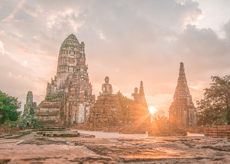 semi-nomadic life in chiang mai ayutthaya sunset