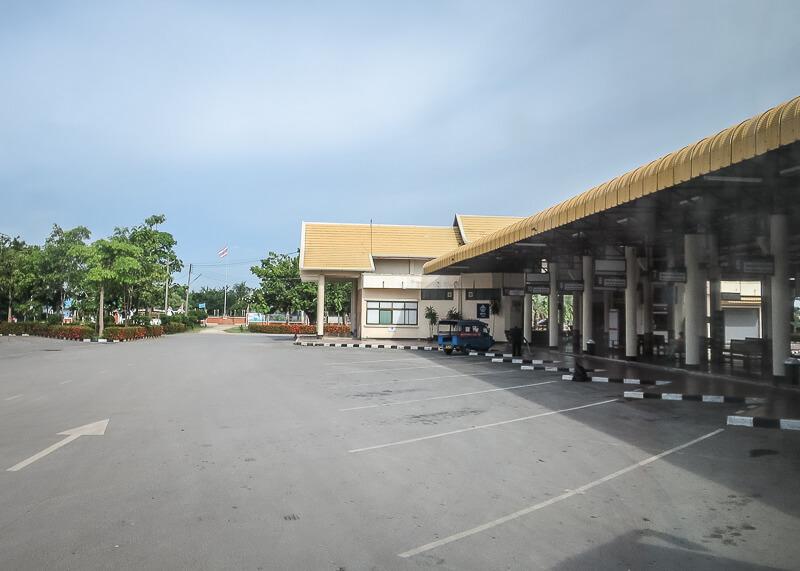 bus station on our tip from Ayutthaya to Sukhothai
