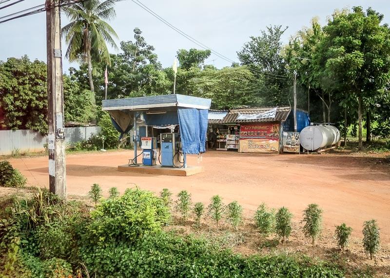 sukhothai gas station on our trip from Ayutthaya to Sukhothai