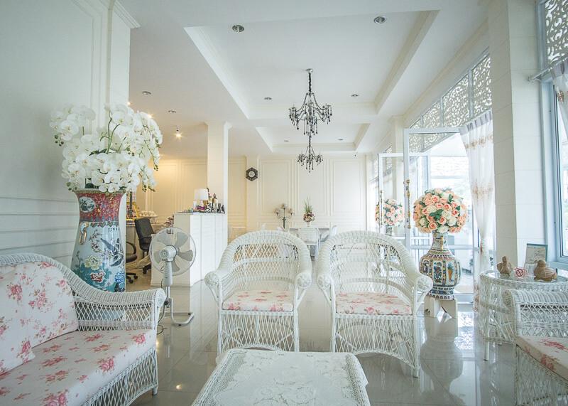Sukhothai Hotel De'Peal lobby