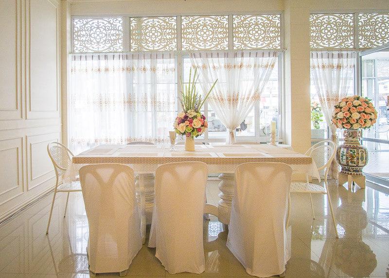 Sukhothai Hotel De'Peal dining area
