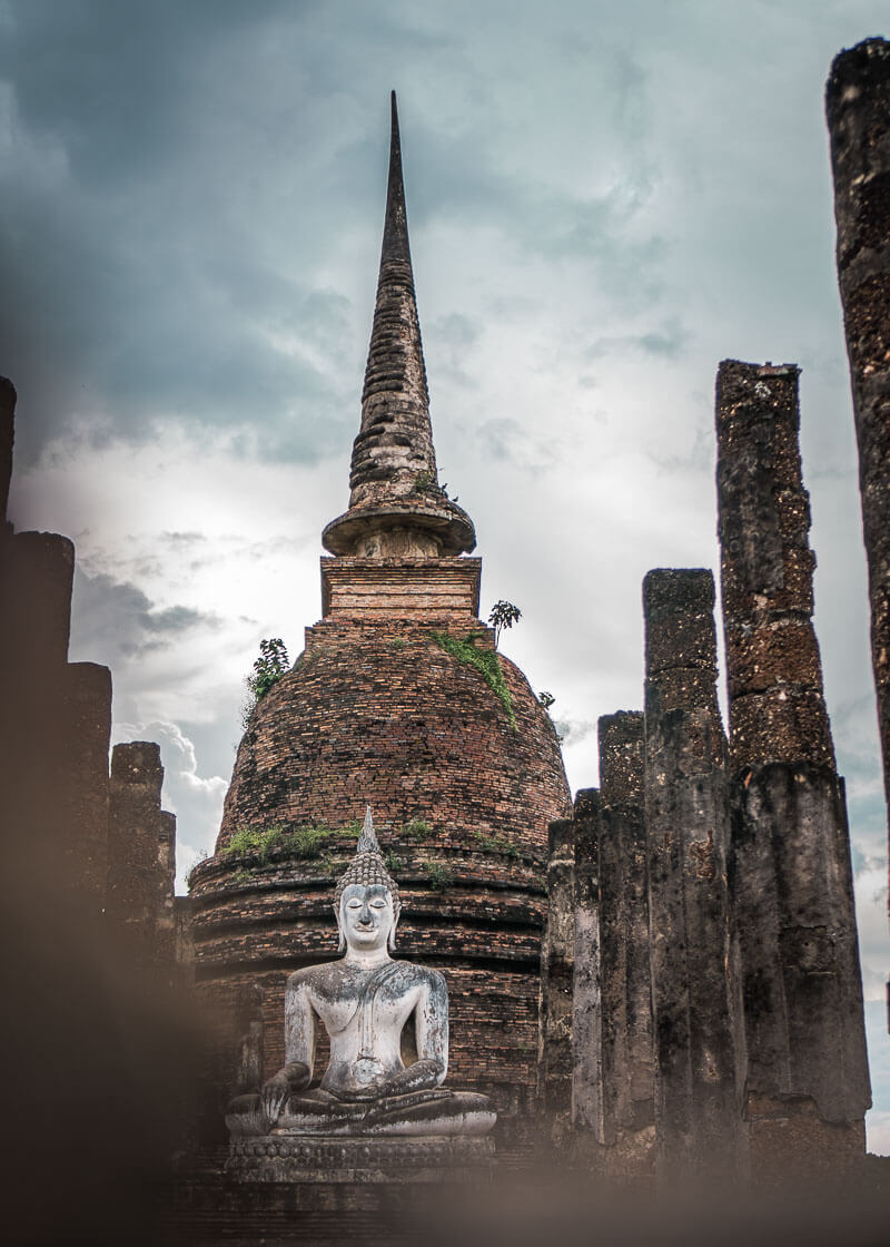 temple sights in sukhothai thailand