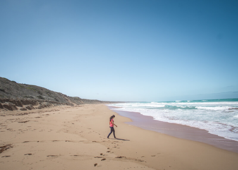 Great ocean road stops - strolling on beach