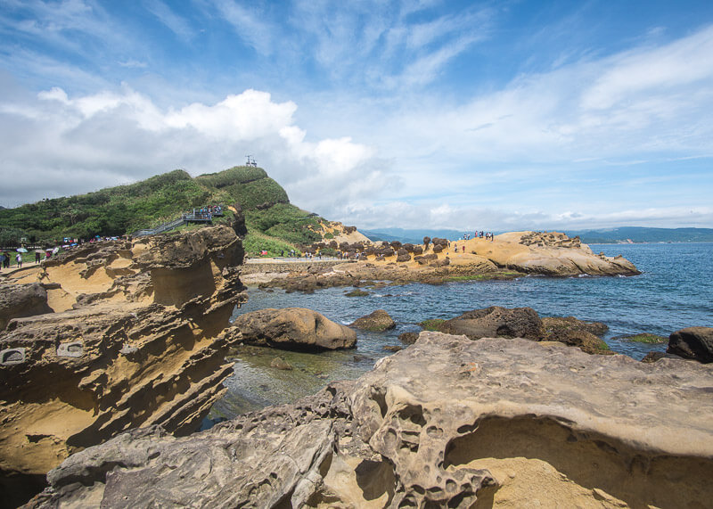 nomad travel - yehliu geopark shore