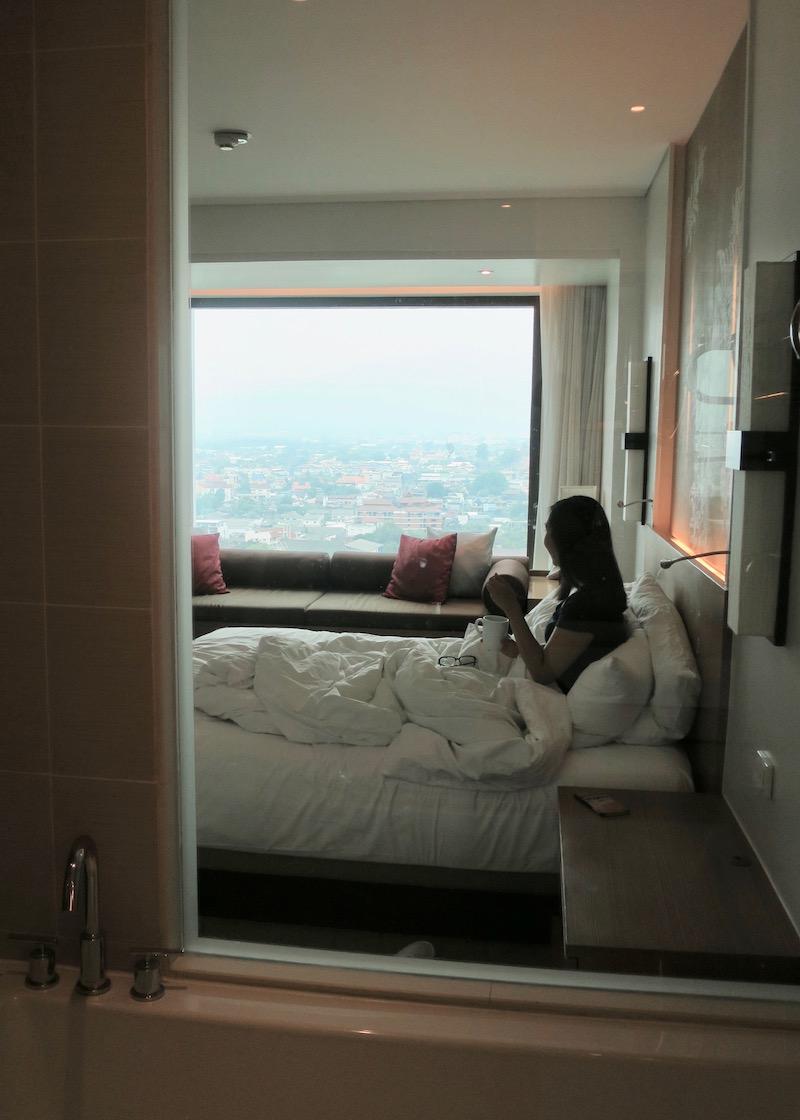 hotel le meridien chiang mai - bathroom view