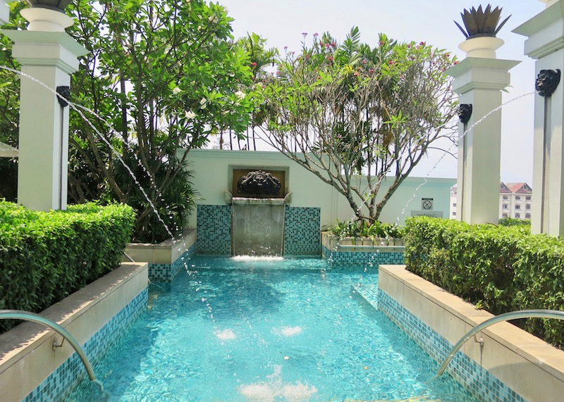hotel le meridien chiang mai - swimming pool