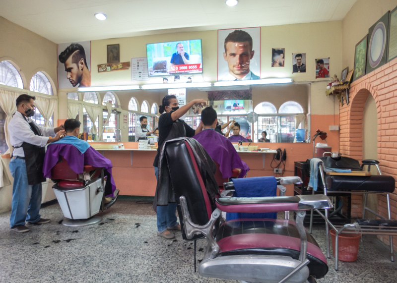 Expat life in chiang mai - hair cut at hairstylist
