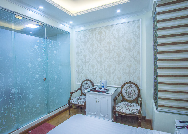 My Moon hotel Hanoi - bathroom