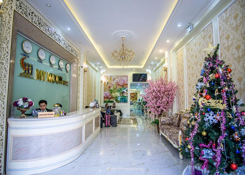 My Moon hotel Hanoi - hotel lobby
