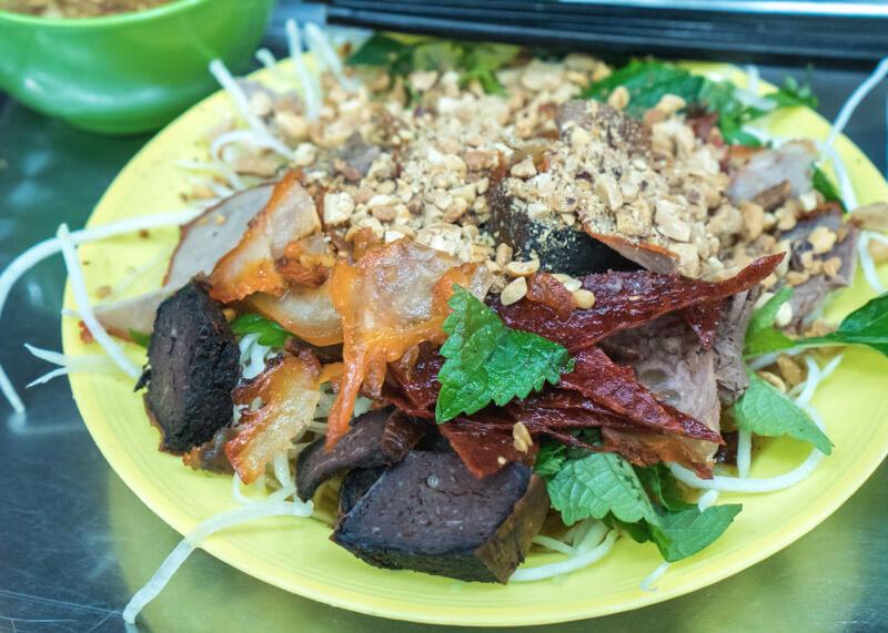 Best Food Hanoi Vietnam - Nộm thịt bò khô beef salad