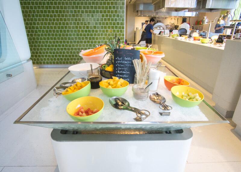 Hotel Aloft KL Sentral - dessert bar