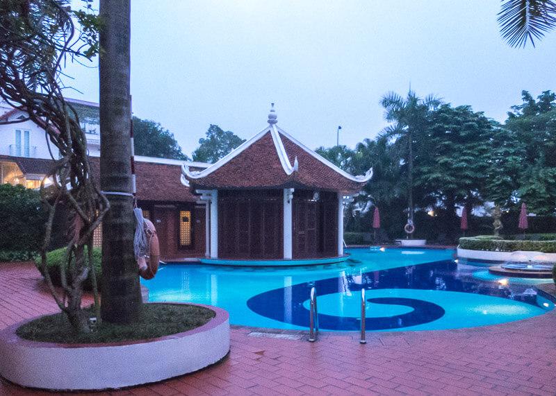 Sheraton hanoi hotel vietnam - Outdoor pool