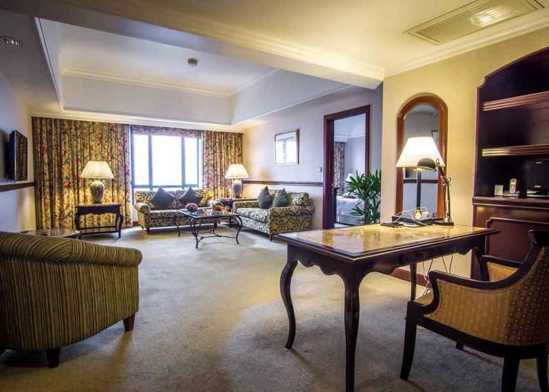 Sheraton hanoi hotel vietnam - room