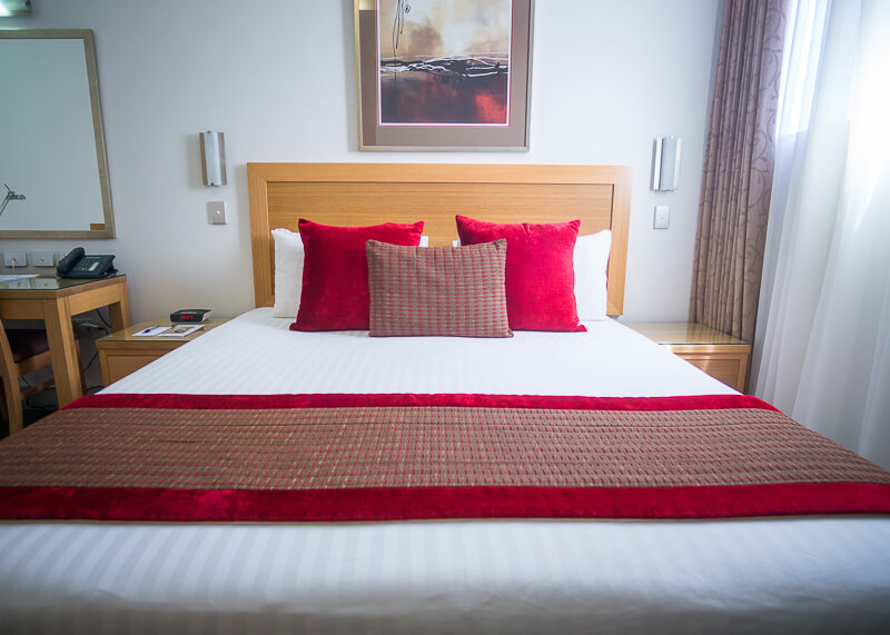 Best Western Plus Travel Inn Hotel Melbourne - comfy bed