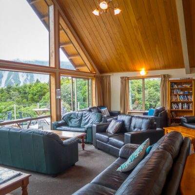 Should You Stay At The Aoraki Mount Cook Alpine Lodge?