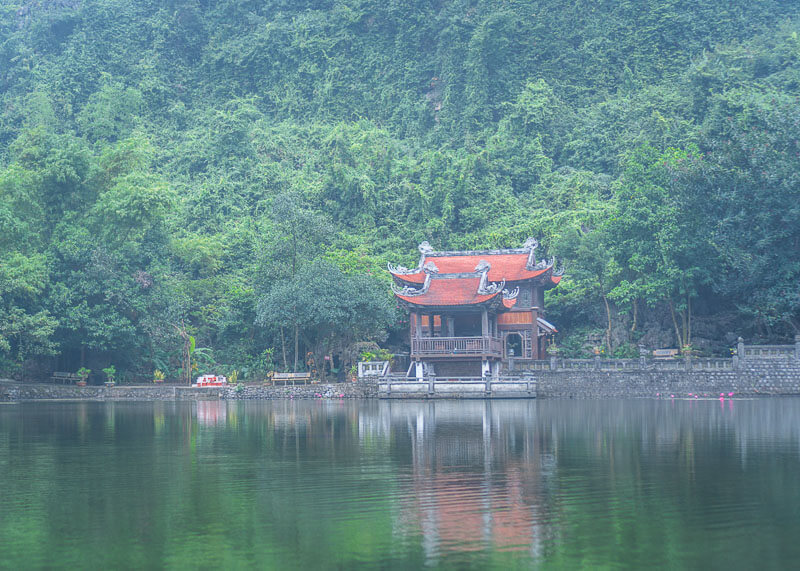 Trang An Grottoes tour - temple by water