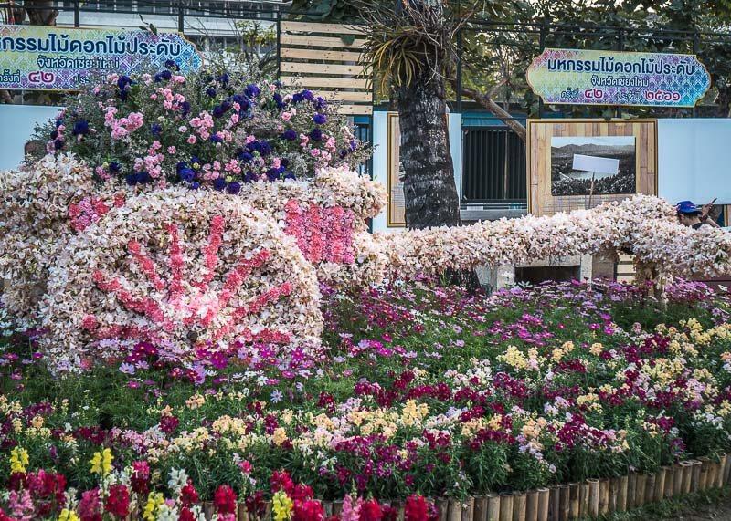 chiang mai flower festival - flower sculptures