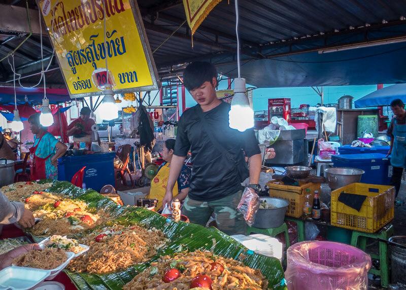 chiang mai flower festival - food stalls