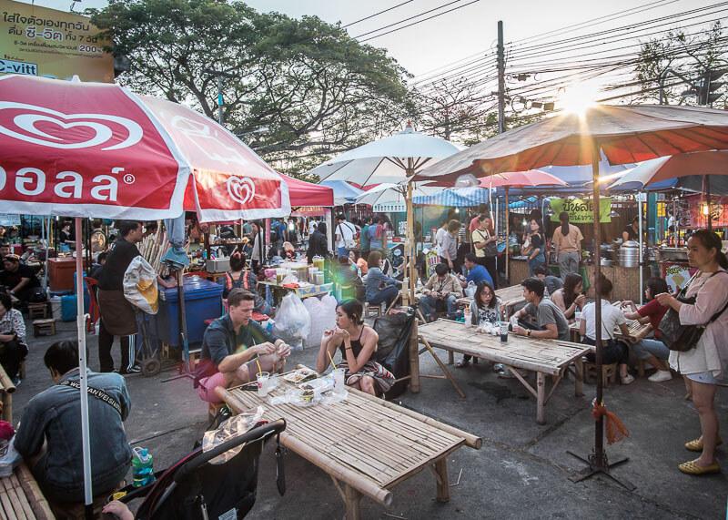 chiang mai flower festival - food vendors