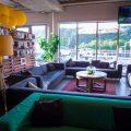 port campbell hostel - lounge area