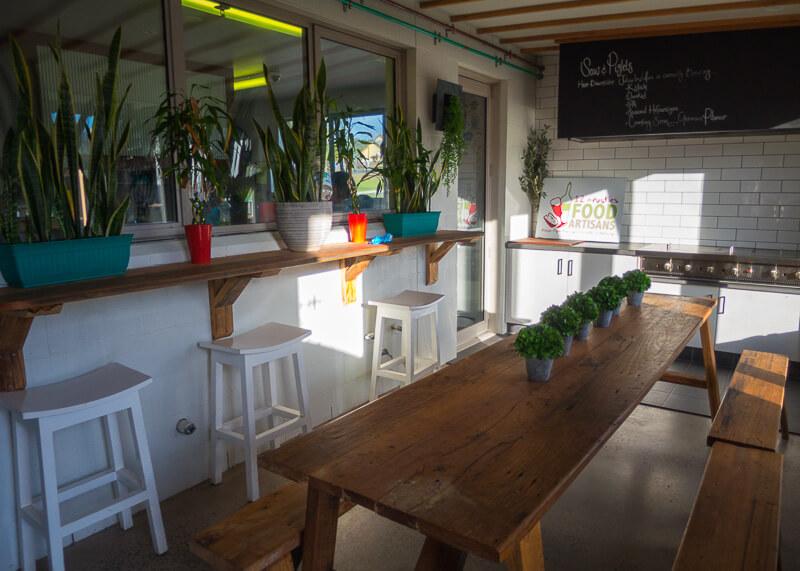 port campbell hostel - bar area