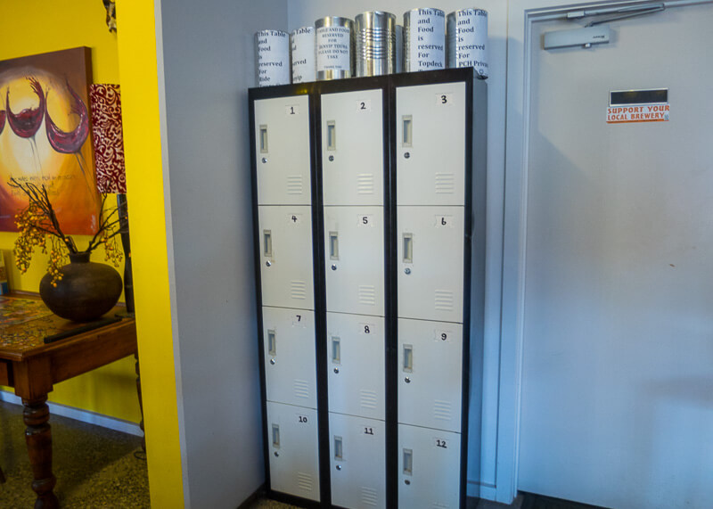 port campbell hostel - lockers