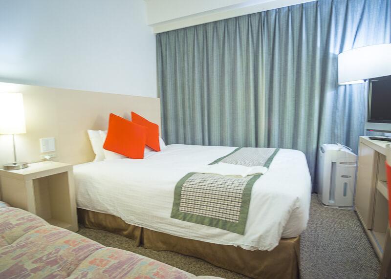 Best Western Tokyo Nishikasai - tiny room