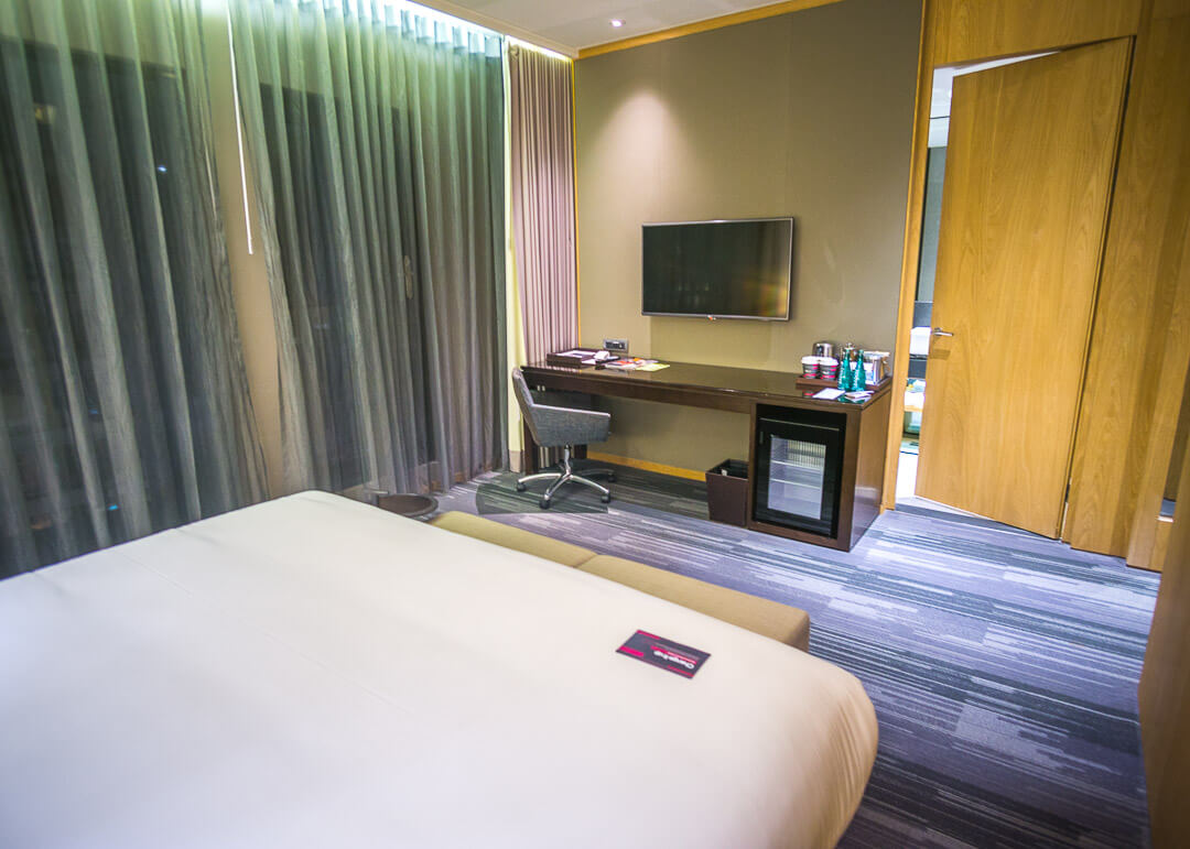 Aloft taipei zhongshan review - bedroom