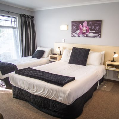 Executive Motel Taupo New Zealand | Perfectly Situated For Our 12 Mile Hike