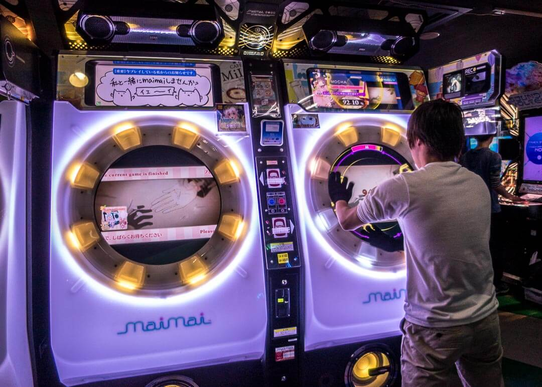 top things to do in Osaka Japan - arcade games
