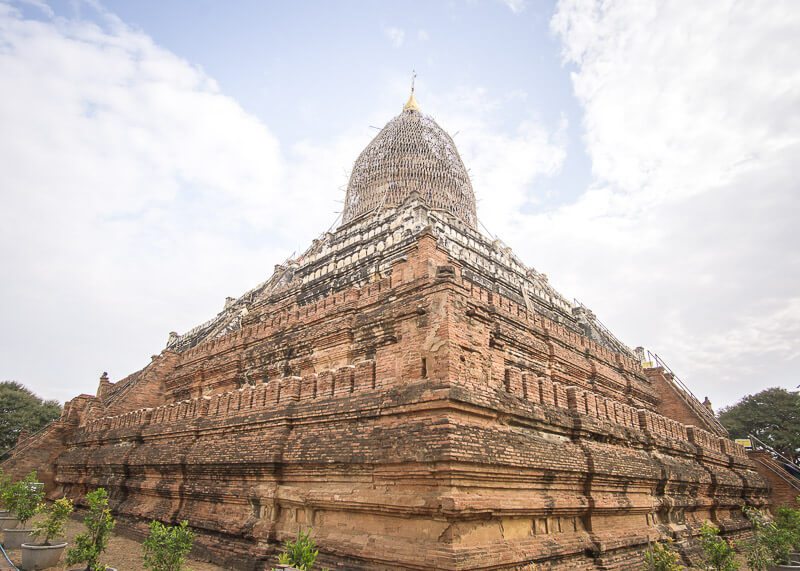 Bagan travel blog -Shwesandaw Pagoda famous for sunrise and sunset