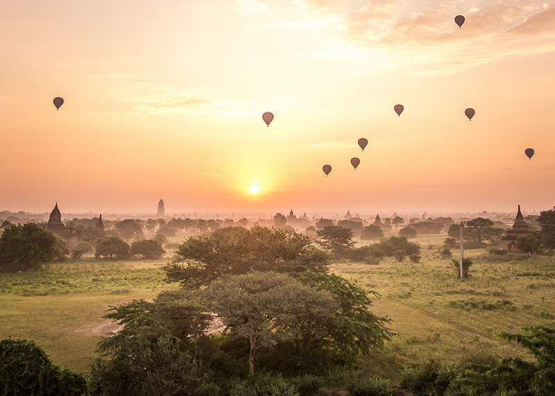 Bagan travel blog - sunrise in bagan