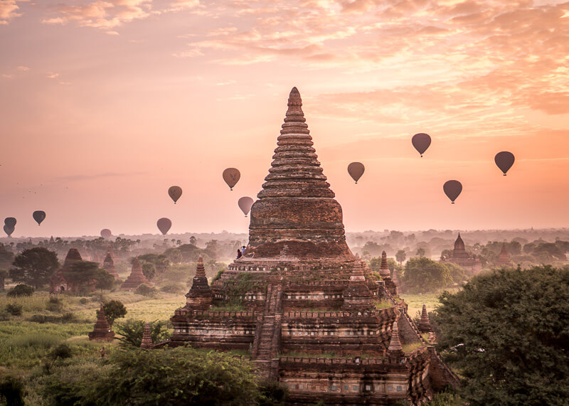 Bagan travel blog - climbing temples in Bagan