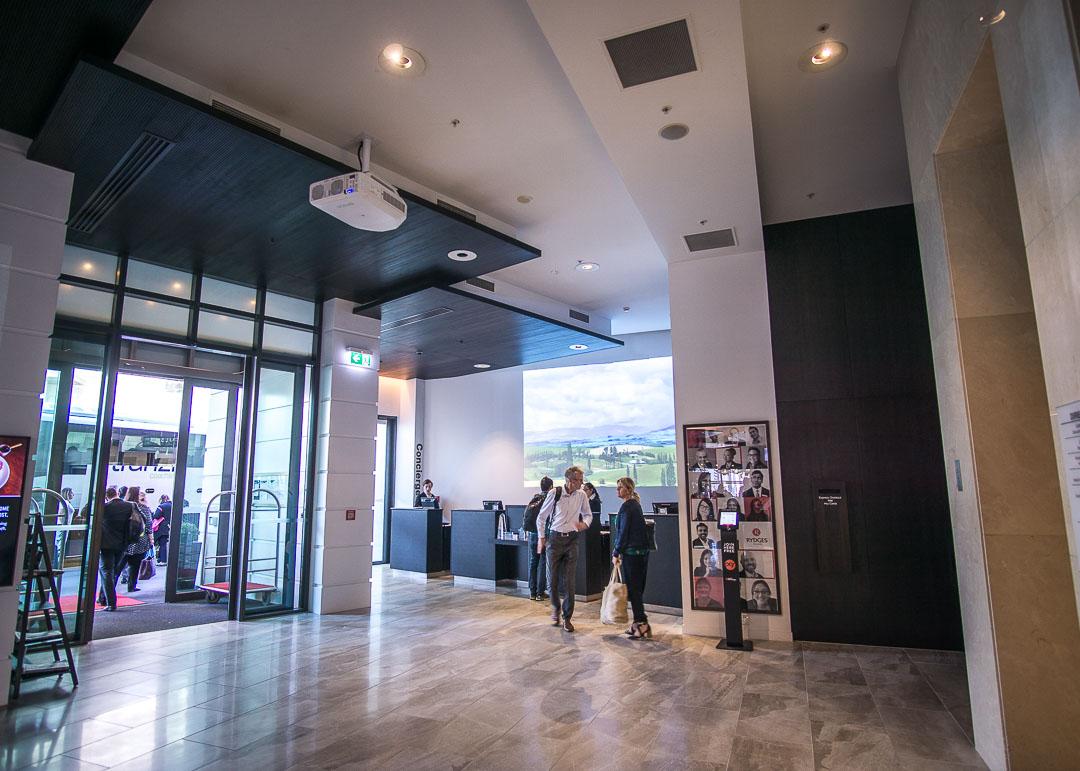 Rydges Hotel Wellington New Zealand - lobby