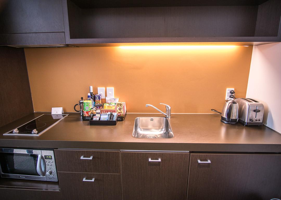 Rydges Hotel Wellington New Zealand - kitchen