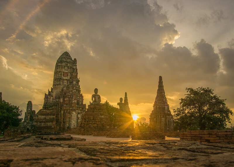 nomad living - ayutthaya historical park at sunset