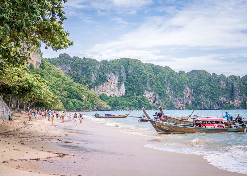 What Happened When I Travelled From Phuket To Krabi | There are tons of things to do in Phuket and Krabi. If you're trying to plan how to get from one place to the next during your vacation or honeymoon, you will want to read this post on your travel options! #travel #nomad #lifestyle #destinations #thailand #krabi #phuket #slowtravel #wanderlust