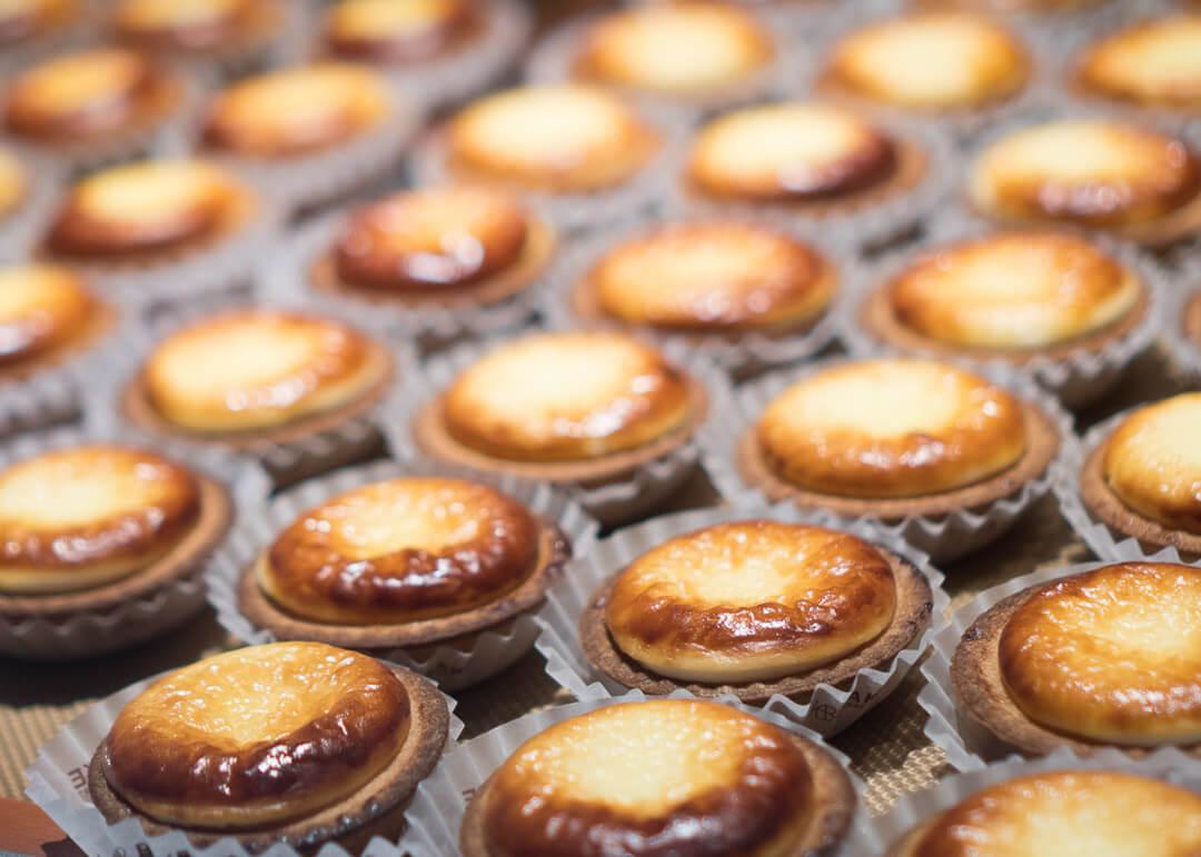 kyoto cheap eats - pablo cheese tarts