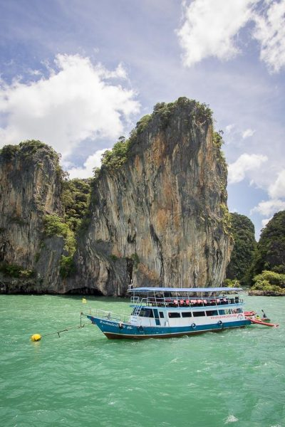 How To Book Phuket Tours And Have An Amazing Experience | There are tons of things to do in Phuket, and looking at which tours to book can be a headache. Click to read more on how to book Phuket tours if you're looking for activities during your vacation or honeymoon! #travel #nomad #lifestyle #destinations #thailand #phuket #slowtravel #wanderlust