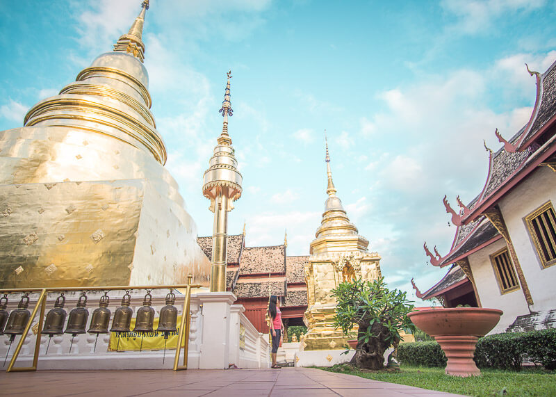 living in chiang mai thailand - temple hopping while living in Chiang Mai, Thailand